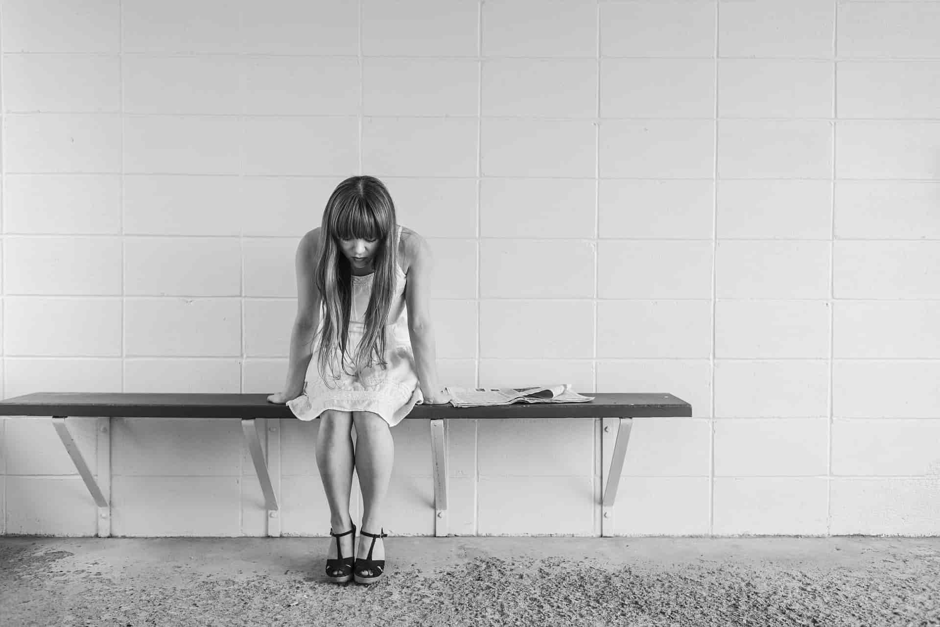 depresja, dziewczyna, łóżko